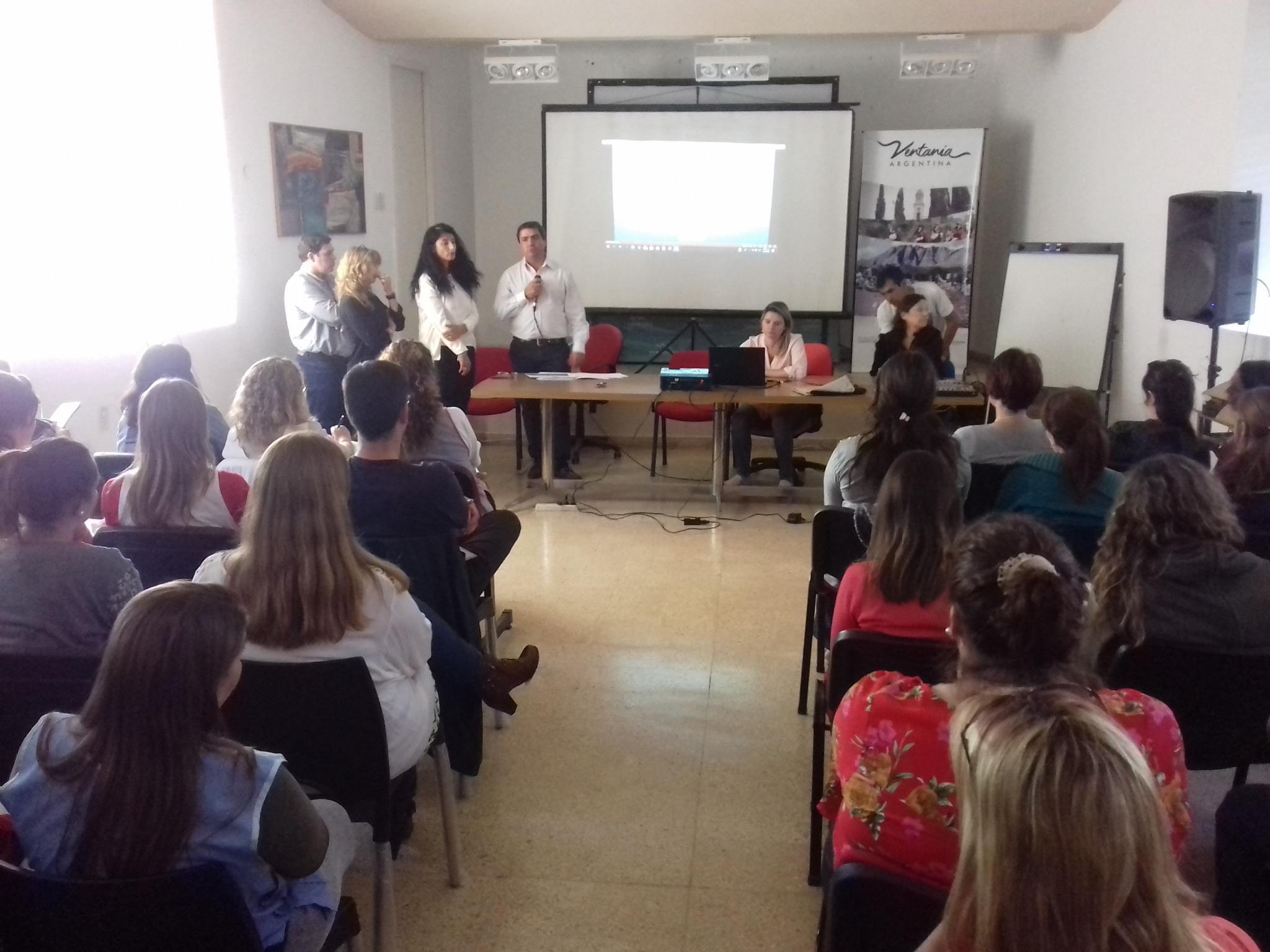 ABORDAJE DE CONFLICTOS EN EL ÁMBITO EDUCATIVO (FOTOS)