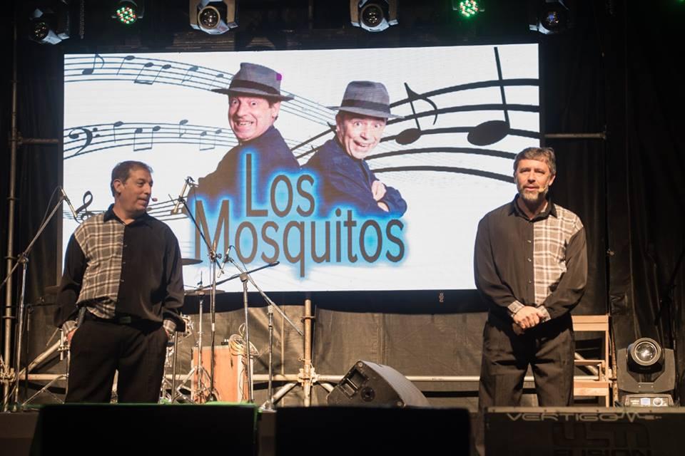 LOS MOSQUITOS DIVIRTIERON A TODOS EN LA FIESTA PROVINCIAL DE LA VENDIMIA (VIDEOS)